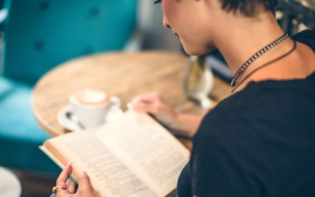 5 Ways Your Bookstore Could Benefit From Adding A Cafe